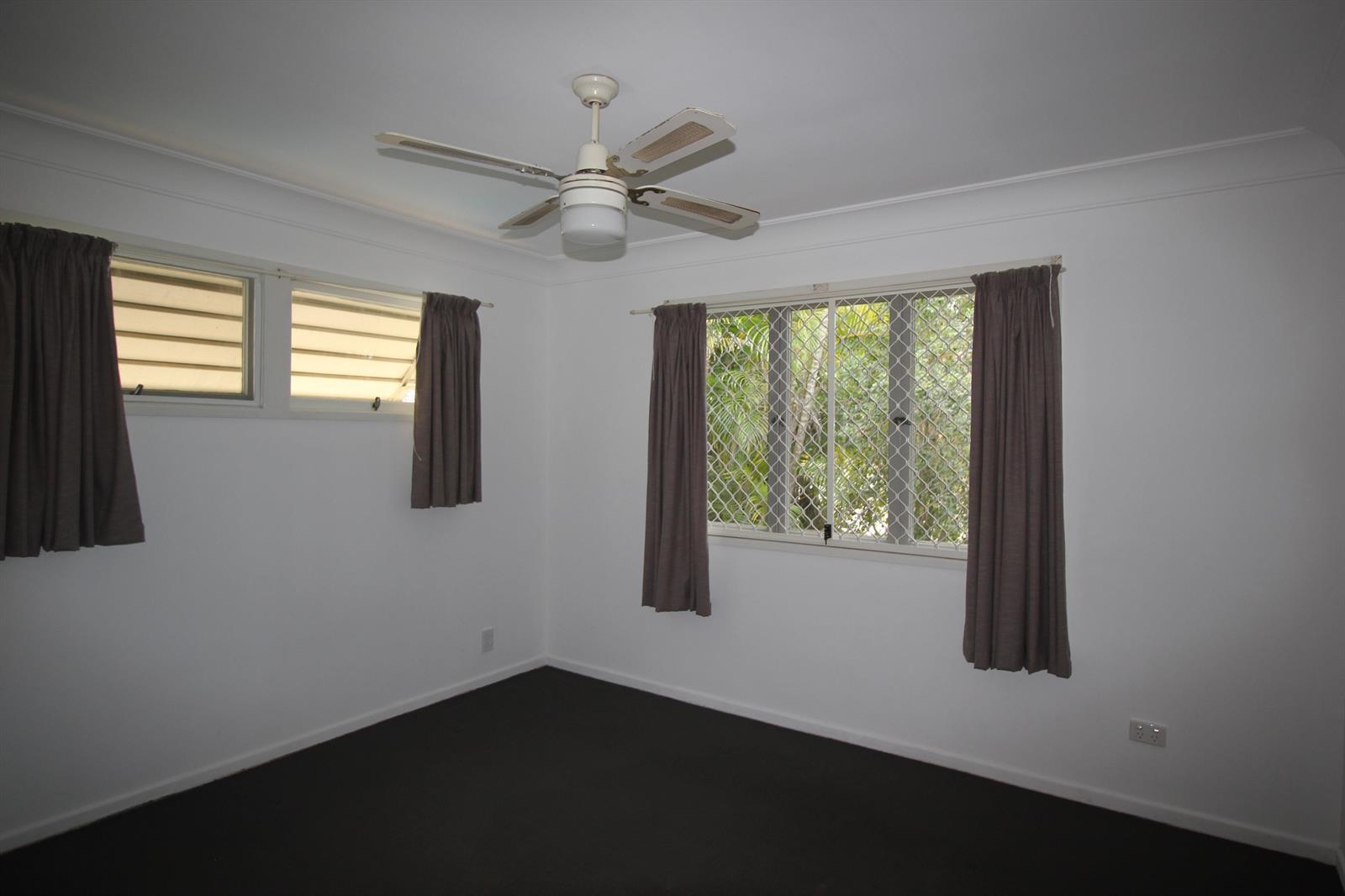 8 Kneller Street SALISBURY QLD 4107 Image 7