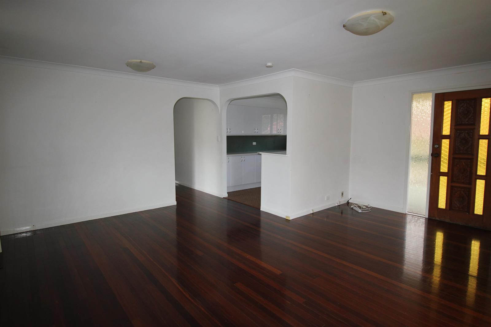 8 Kneller Street SALISBURY QLD 4107 Image 6