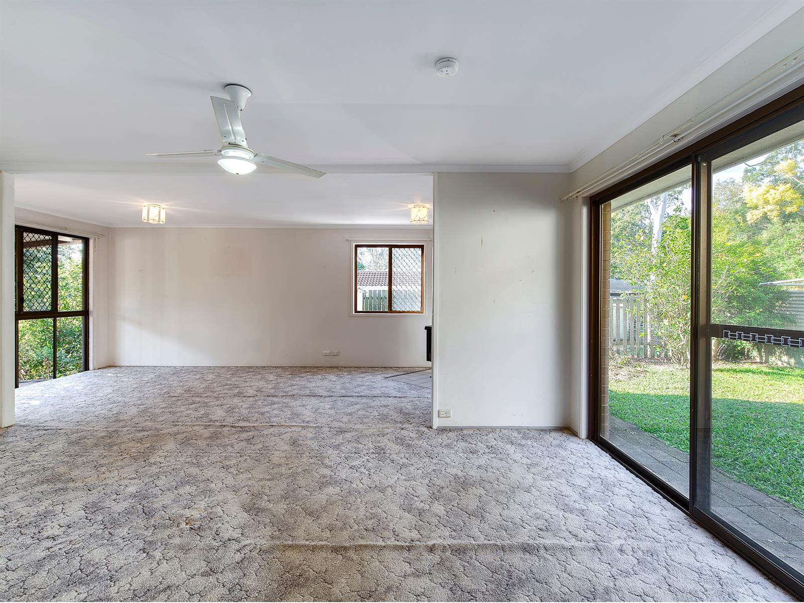 18 Rosella St WELLINGTON POINT QLD 4160 Image 4