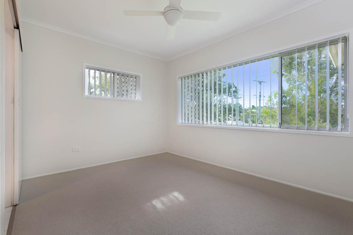 20 Meron St WYNNUM WEST QLD 4178 Image 7