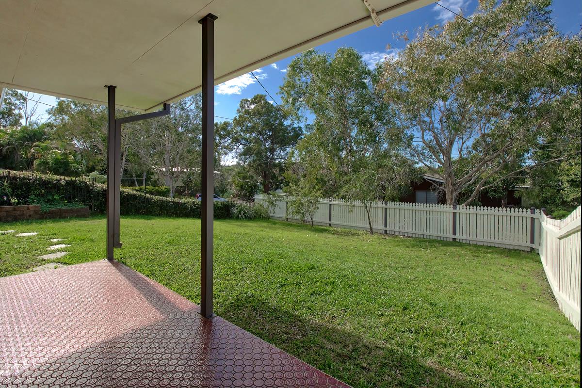 20 Meron St WYNNUM WEST QLD 4178 Image 4