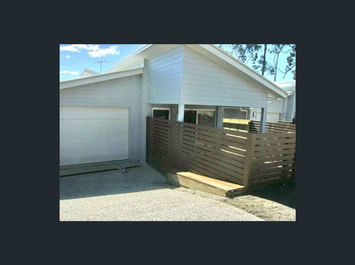 27 Emerald Cres SPRINGFIELD QLD 4300 Image 0