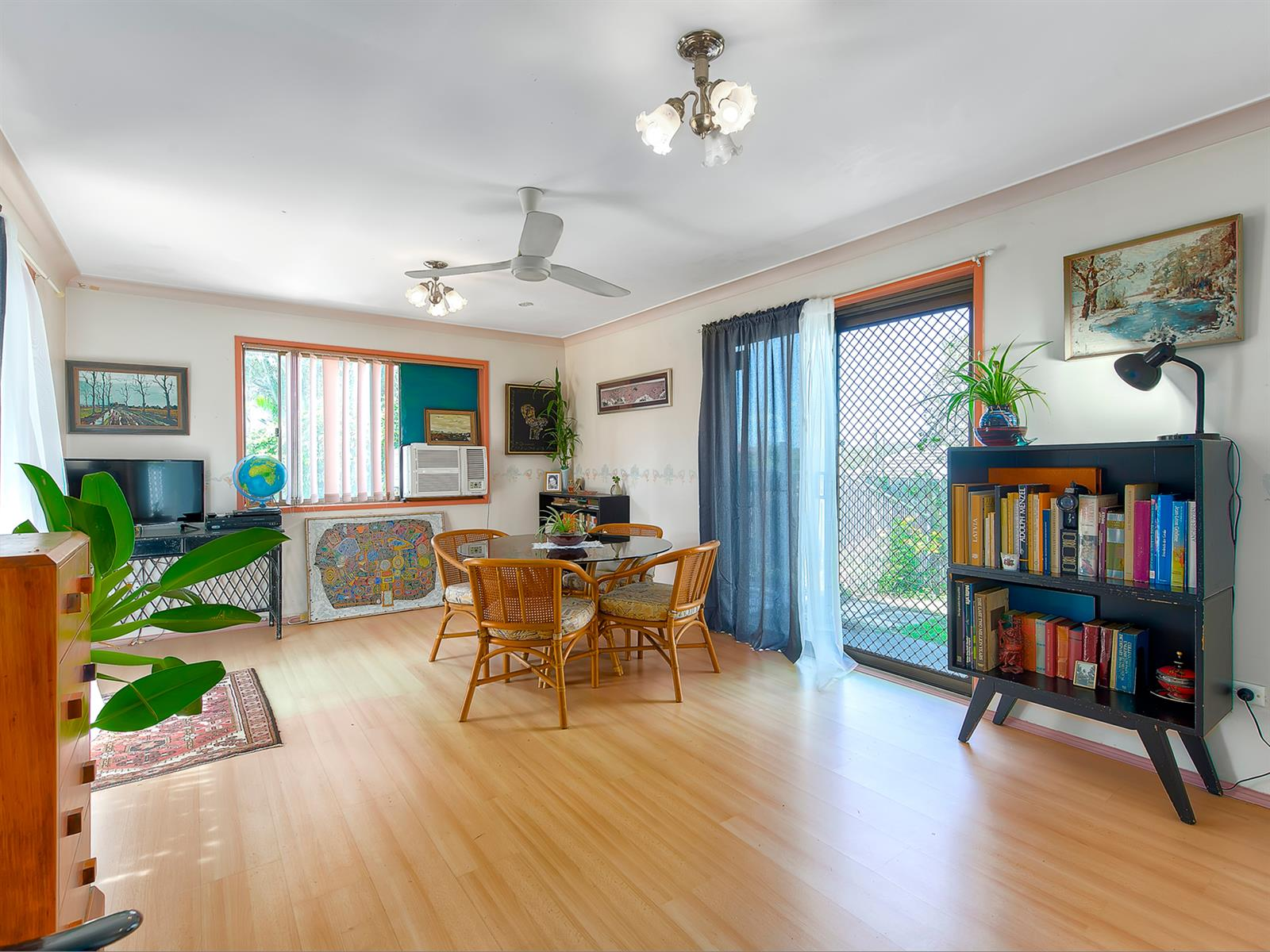 25 Ancona St ROCHEDALE SOUTH QLD 4123 Image 2