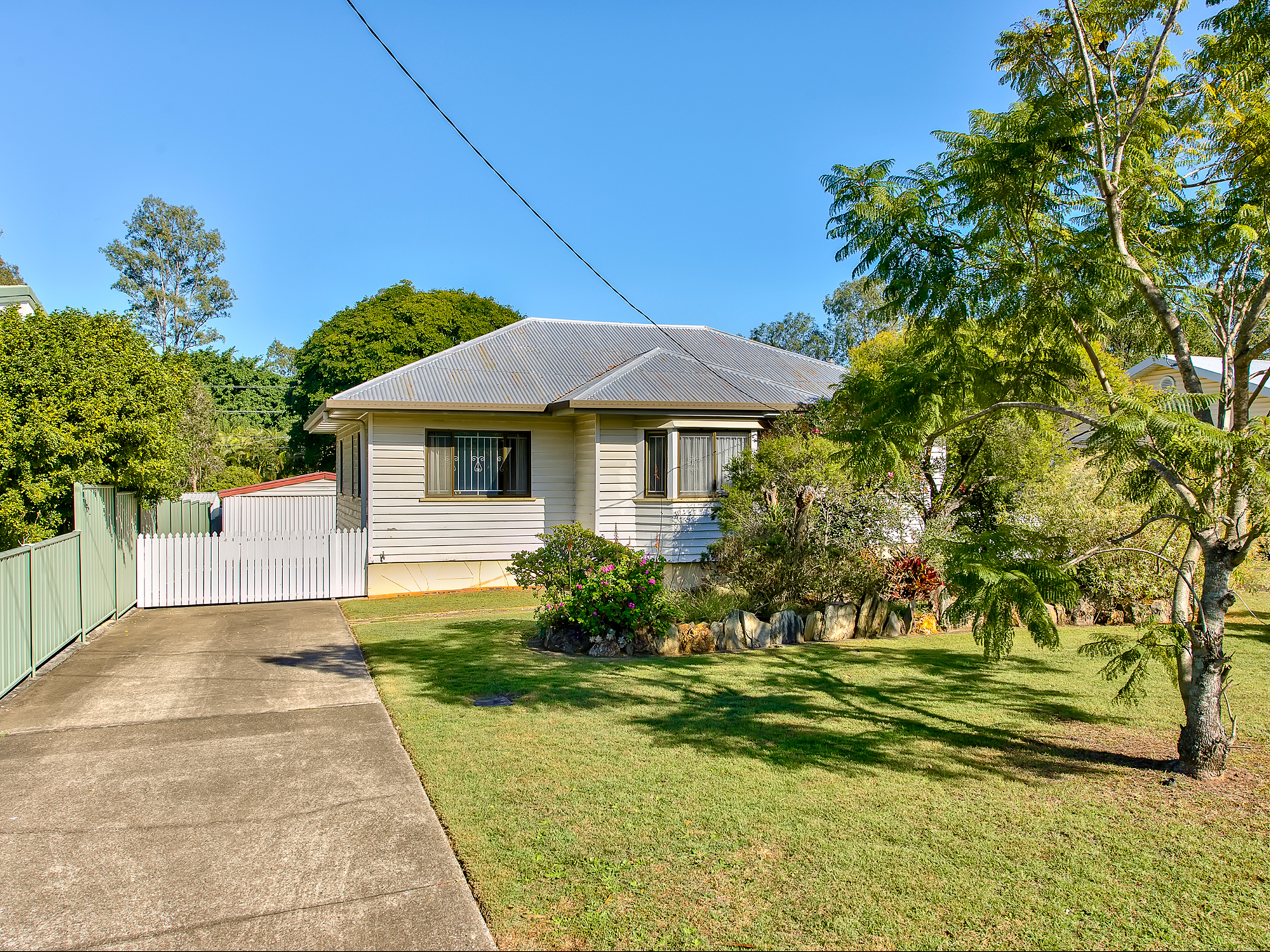 37 Bovey St COOPERS PLAINS QLD 4108 Image 0