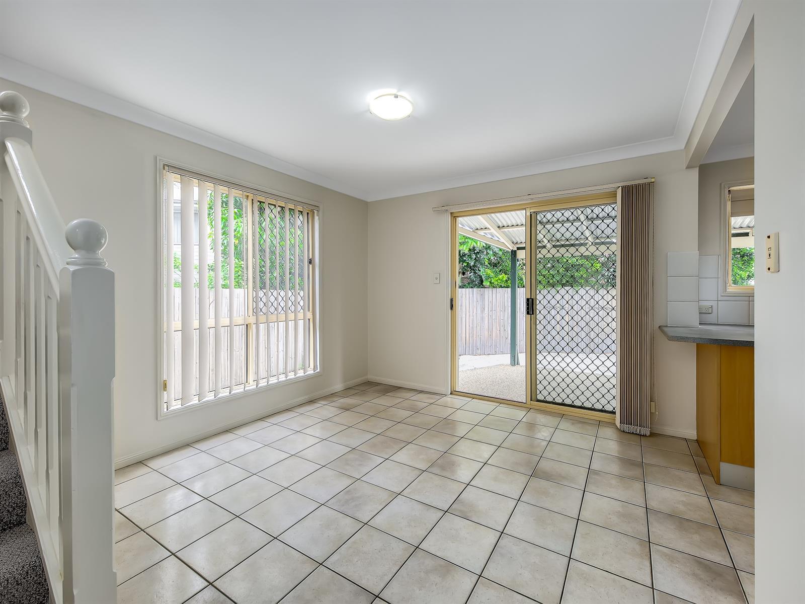 1 / 8 Koala Road MOOROOKA QLD 4105 Image 2