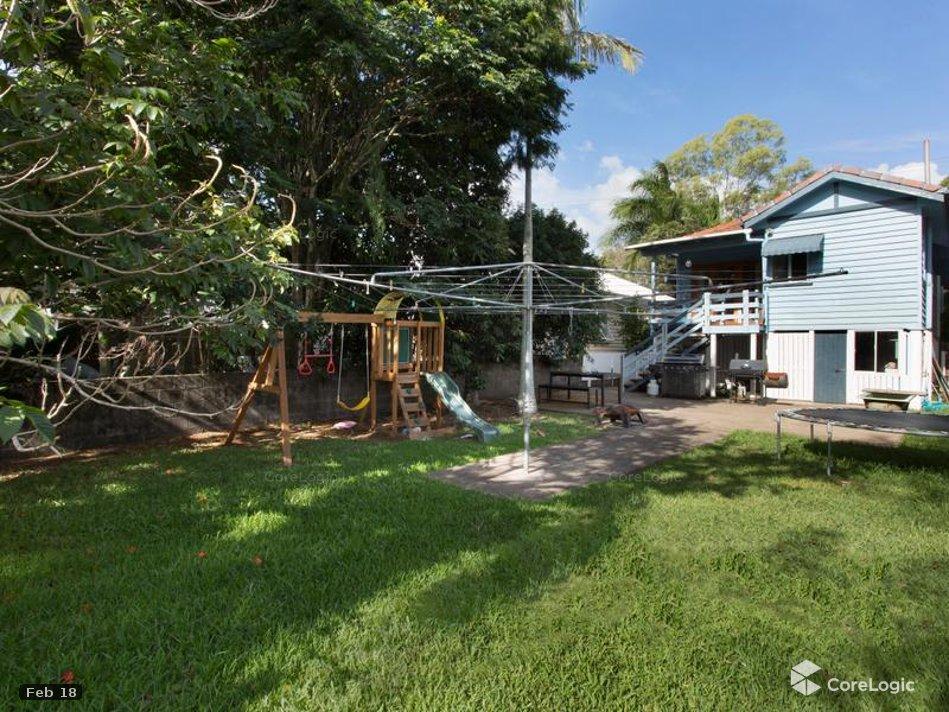 230 Hawthorne Rd HAWTHORNE QLD 4171 Image 8