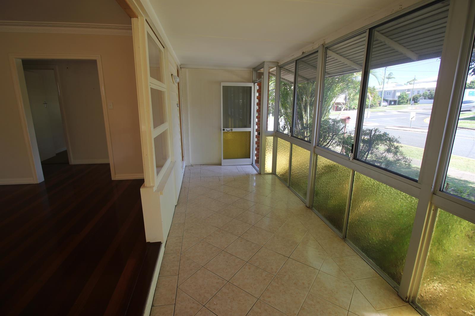 3 Florence Street CARINA QLD 4152 Image 2