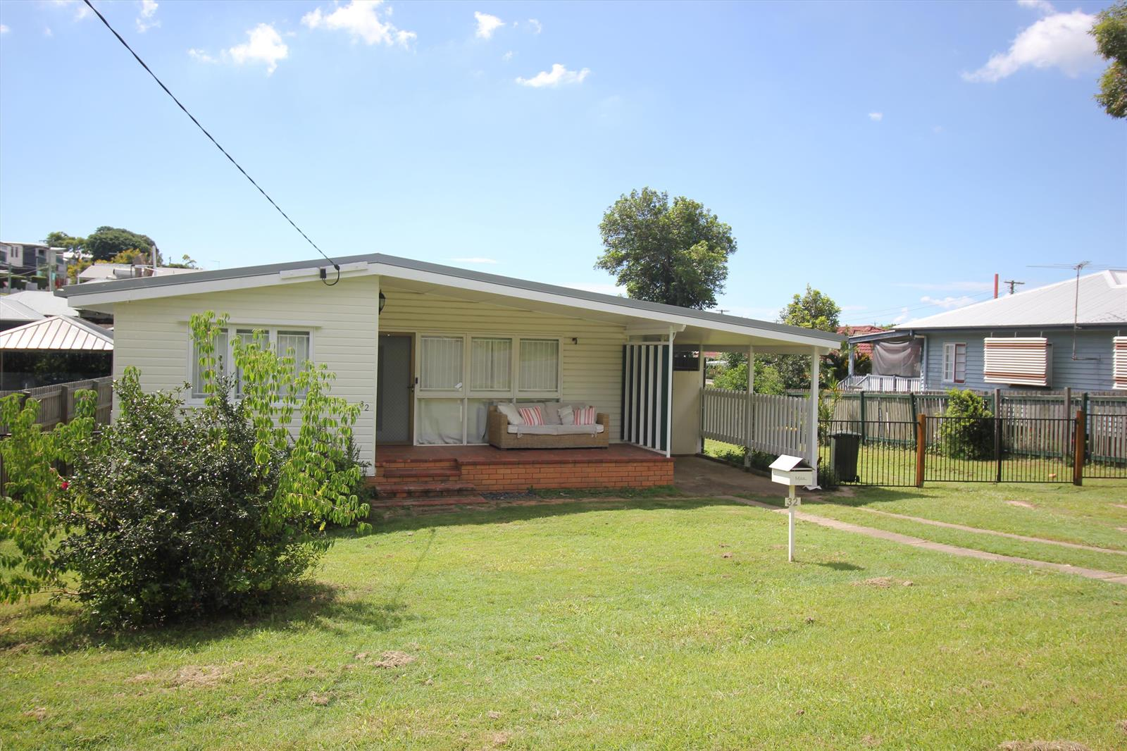 32 Deramore Street WAVELL HEIGHTS QLD 4012 Image 0