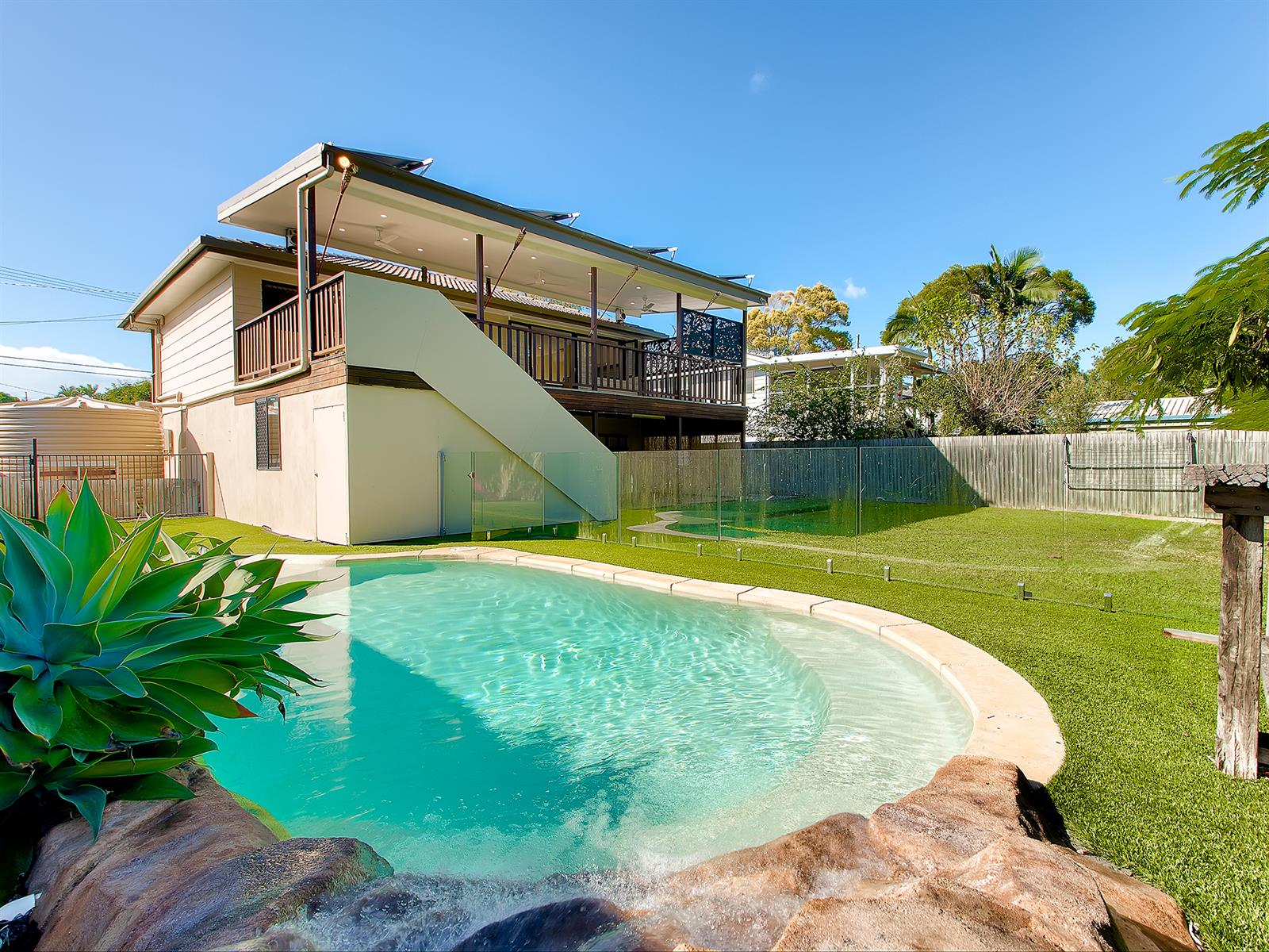 67  Tantani St MANLY WEST QLD 4179 Image 1