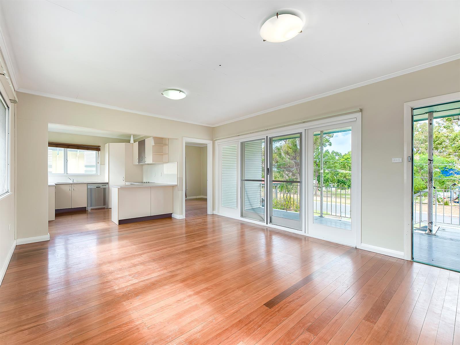 16 Rosebank Square SALISBURY QLD 4107 Image 2