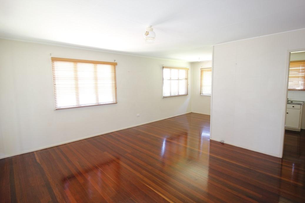 24 Kawana St ARCHERFIELD QLD 4108 Image 3