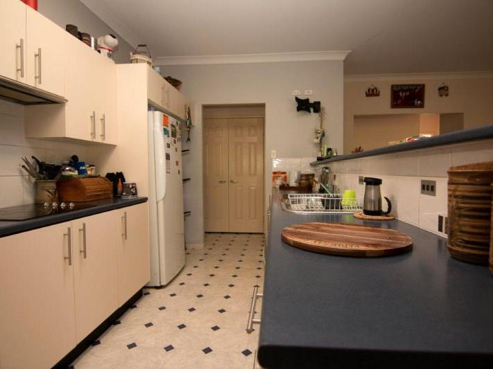 LAIDLEY HEIGHTS QLD 4341 (address available on request) Image 3