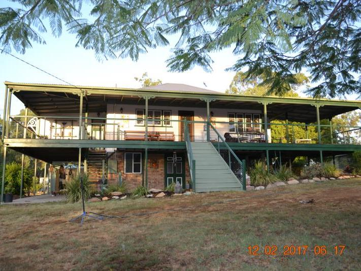 12 HEDGES CT LAIDLEY HEIGHTS QLD 4341 Image 0