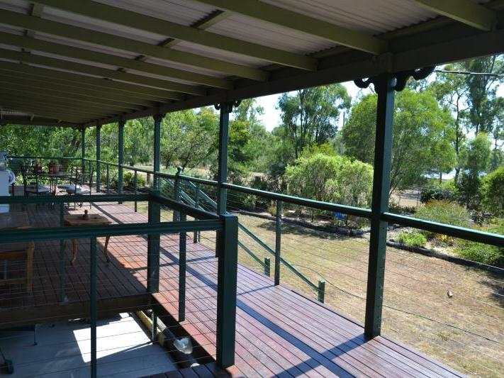 12 HEDGES CT LAIDLEY HEIGHTS QLD 4341 Image 1