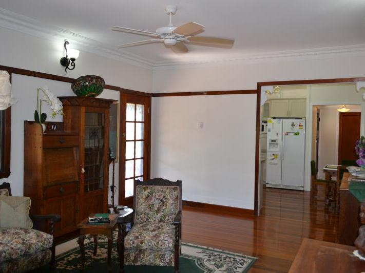 12 HEDGES CT LAIDLEY HEIGHTS QLD 4341 Image 6