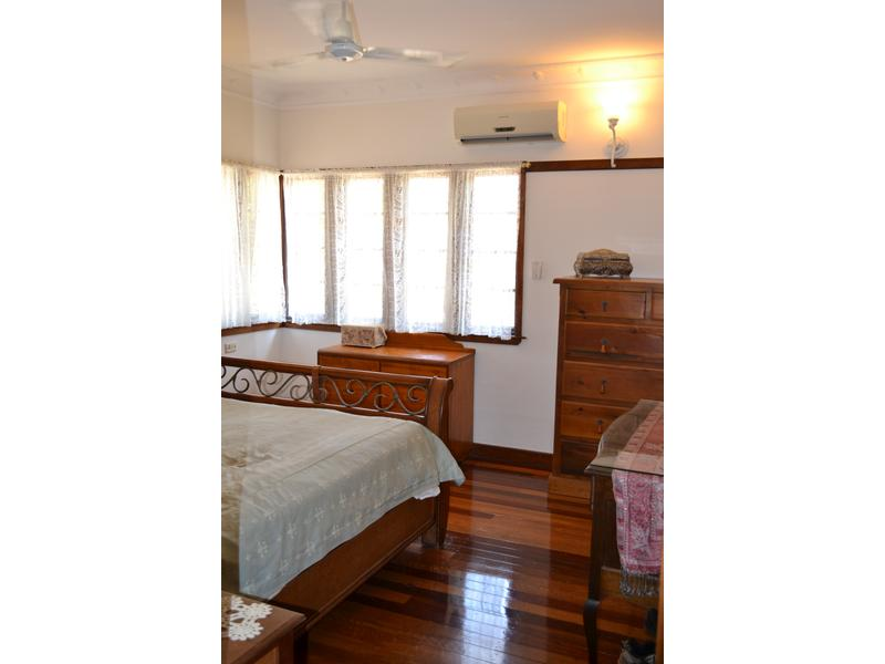 12 HEDGES CT LAIDLEY HEIGHTS QLD 4341 Image 9