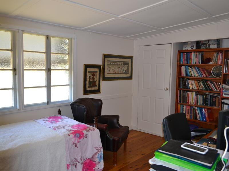 12 HEDGES CT LAIDLEY HEIGHTS QLD 4341 Image 13