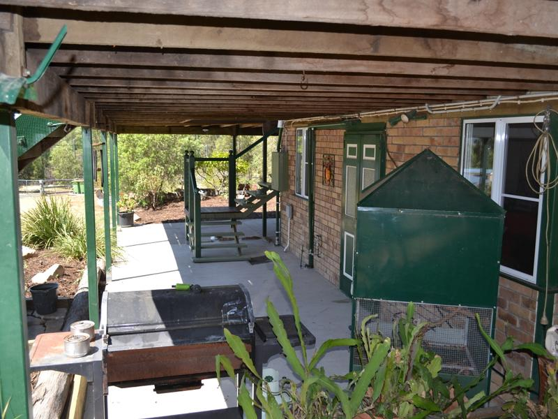 12 HEDGES CT LAIDLEY HEIGHTS QLD 4341 Image 16