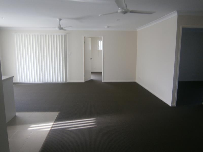 23 Durack Place LAIDLEY QLD 4341 Image 3