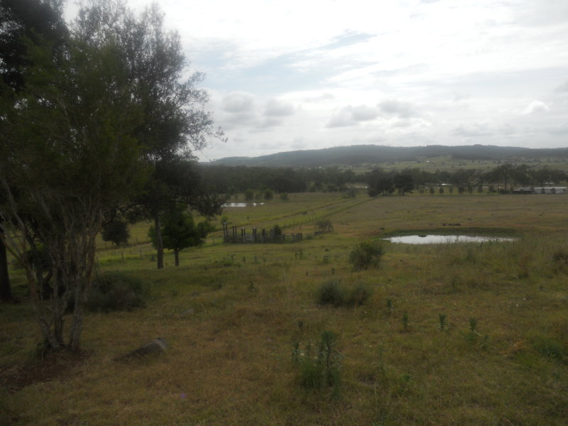 HATTON VALE QLD 4341 (address available on request) Image 0