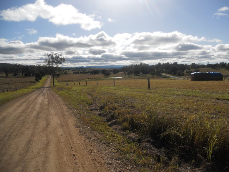 GLAMORGAN VALE QLD 4306 (address available on request) Image 2