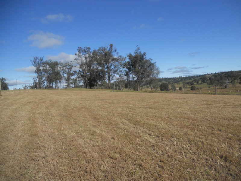 GLAMORGAN VALE QLD 4306 (address available on request) Image 3