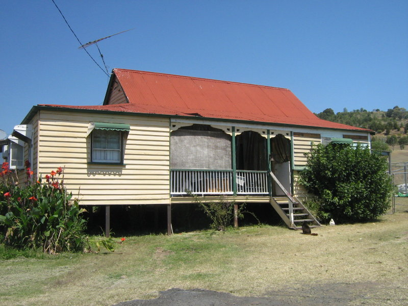 8 Stokes Court SUMMERHOLM QLD 4341 Image 11