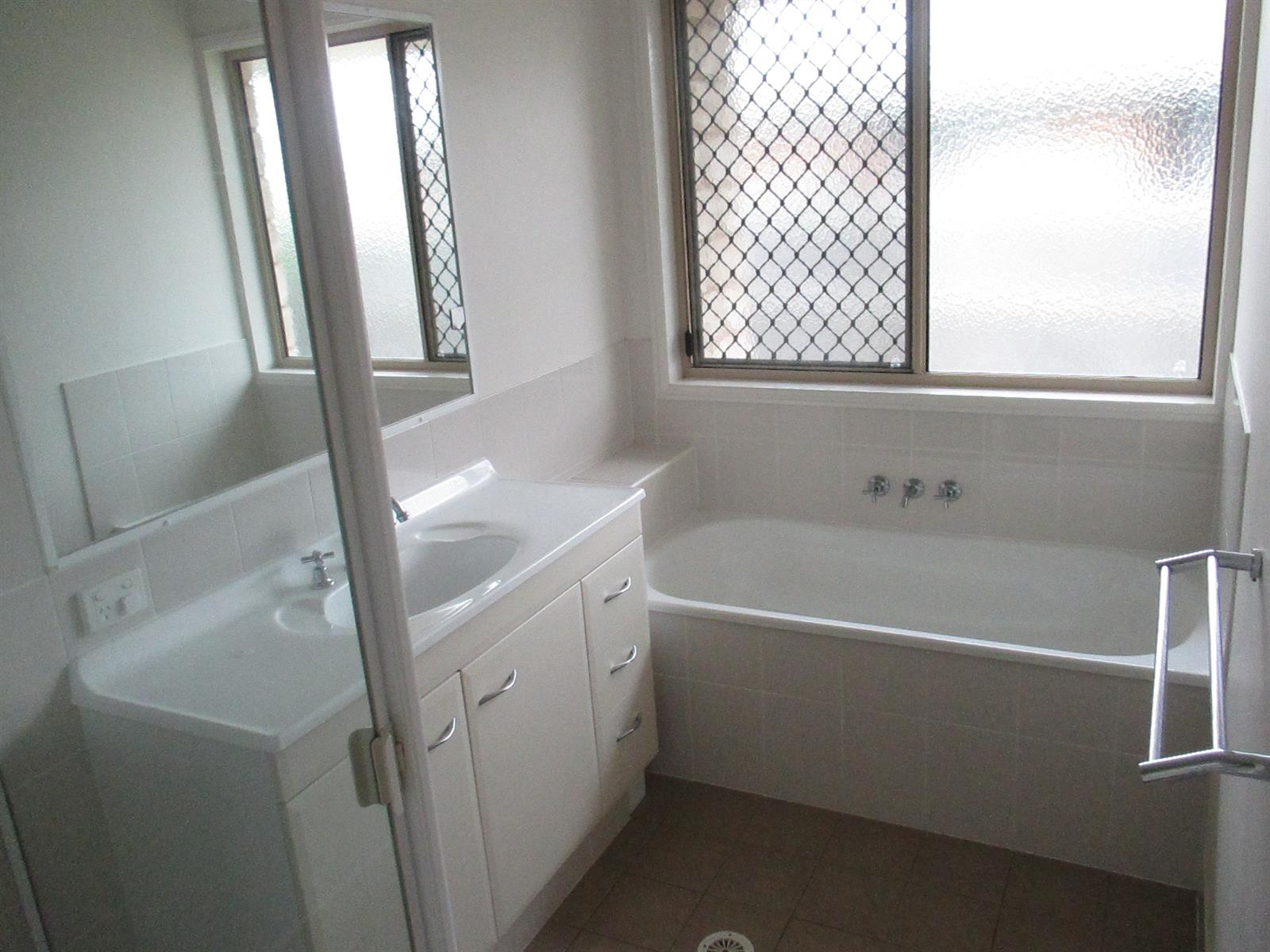 LOWOOD QLD 4311 (address available on request) Image 7