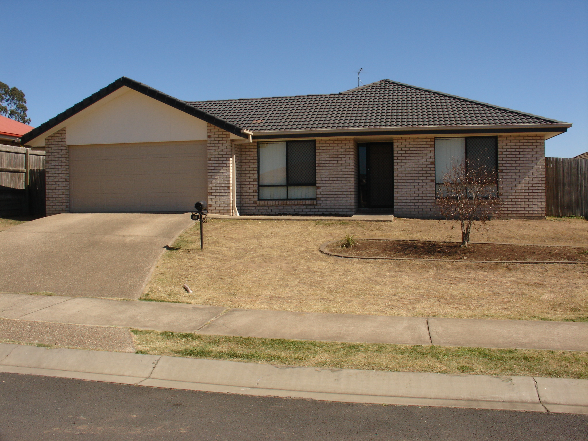 22  Honeyeater Place LOWOOD QLD 4311 Image 0
