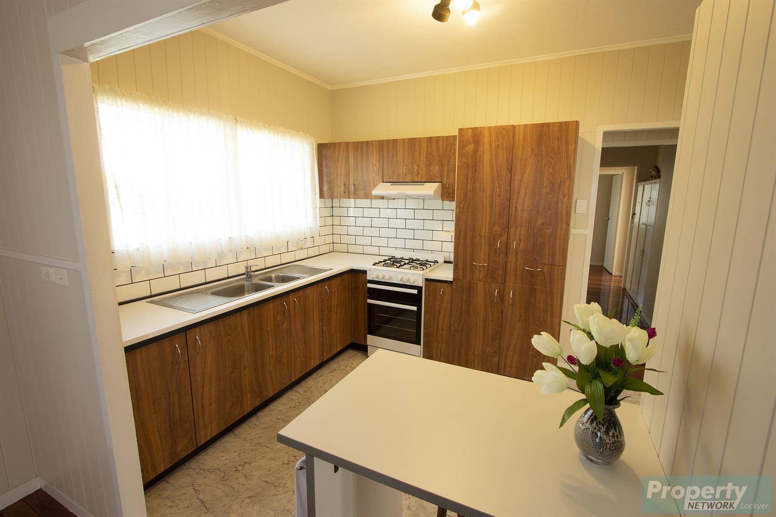 42 Drayton Street LAIDLEY QLD 4341 Image 3