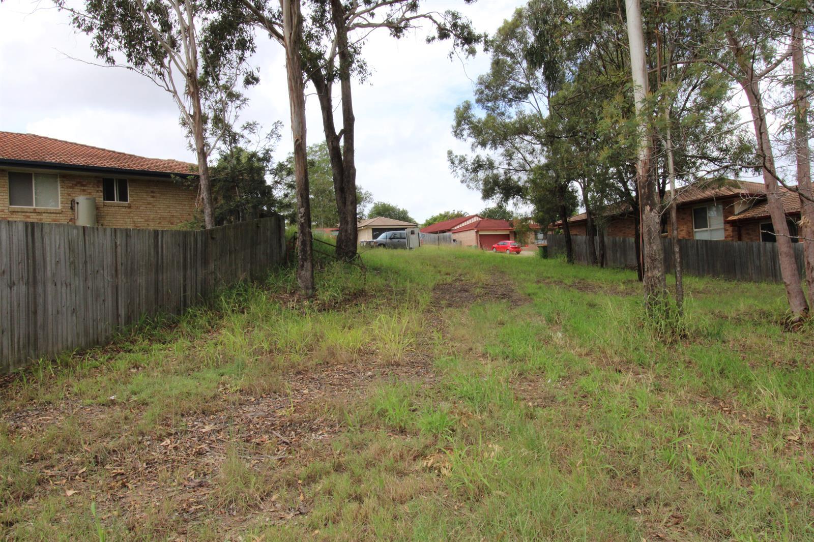 16  Banbury Close BUNDAMBA QLD 4304 Image 3