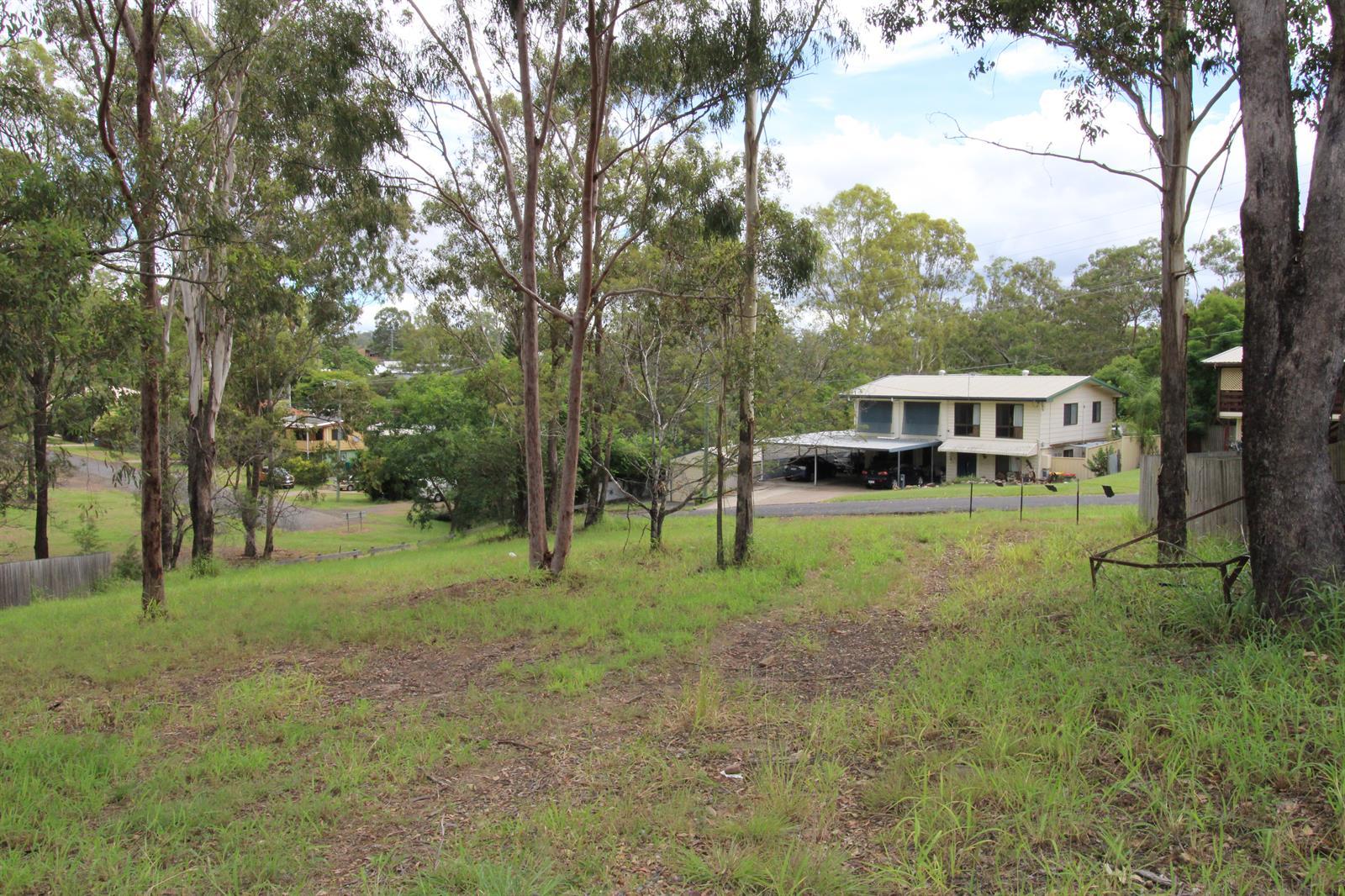 16  Banbury Close BUNDAMBA QLD 4304 Image 4