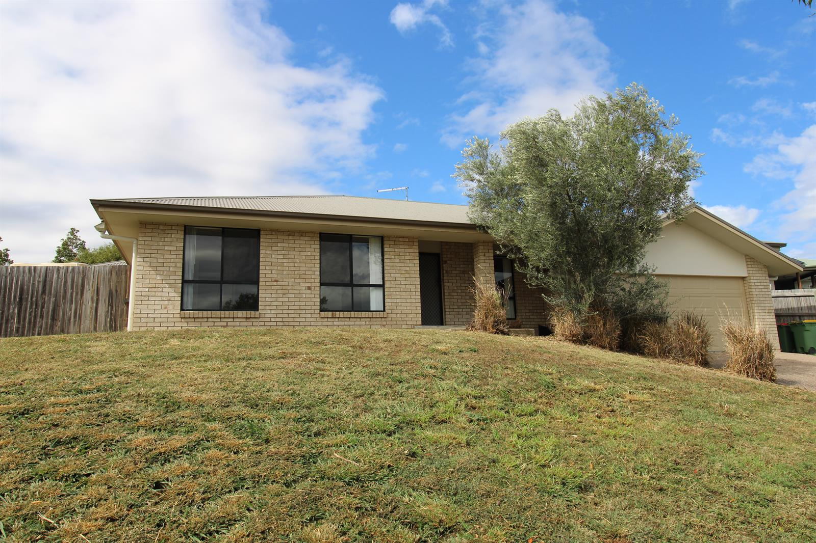 17 Perrys Crescent ROSEWOOD QLD 4340 Image 13