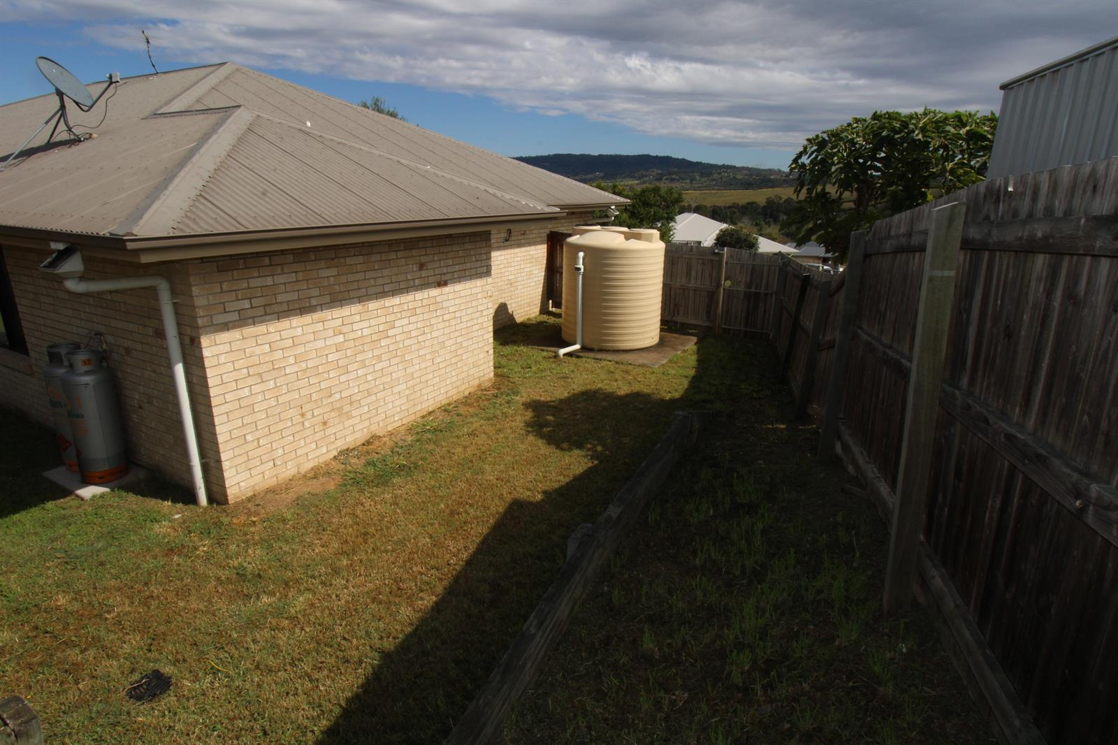 17 Perrys Crescent ROSEWOOD QLD 4340 Image 14