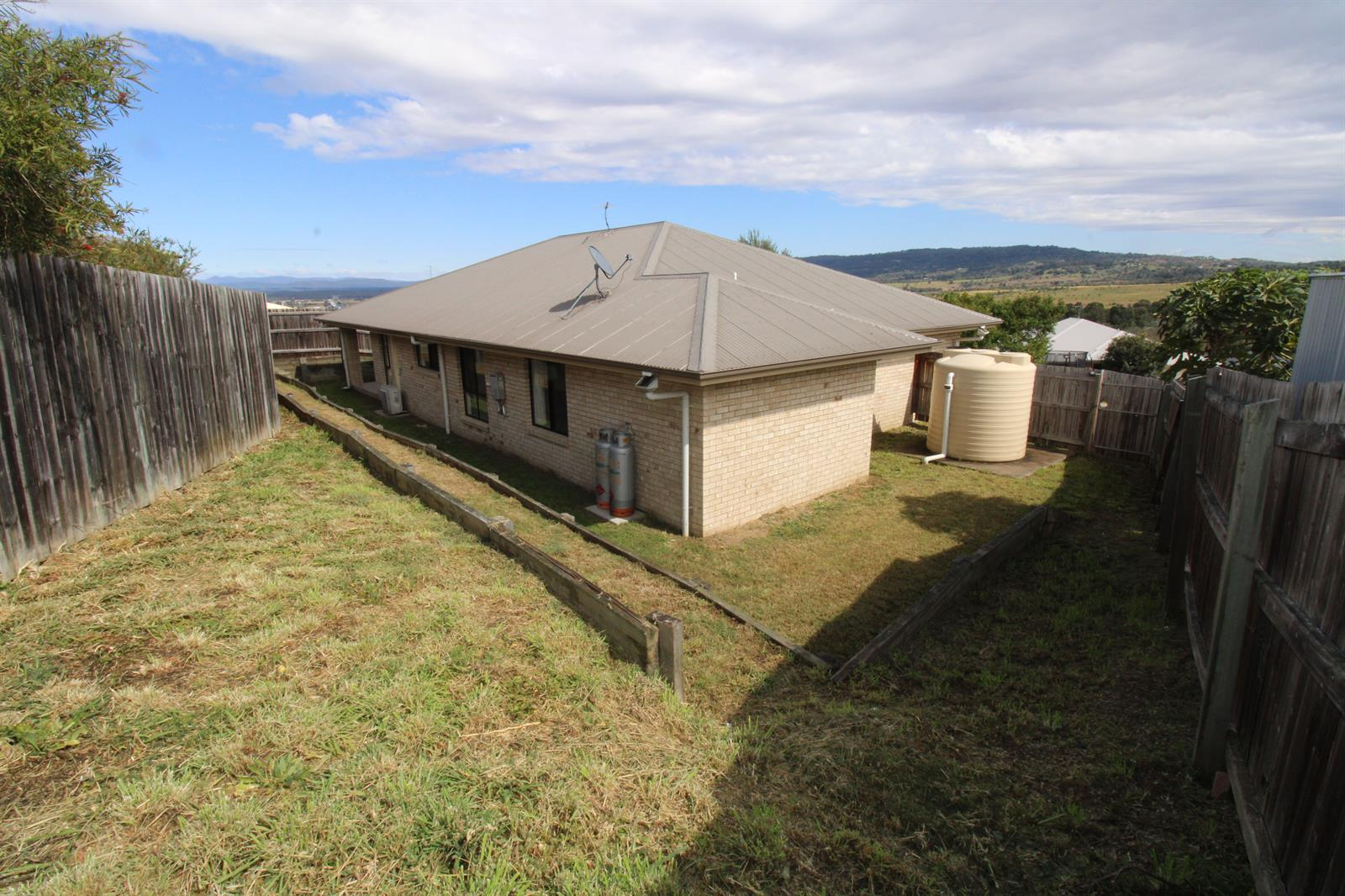 17 Perrys Crescent ROSEWOOD QLD 4340 Image 15