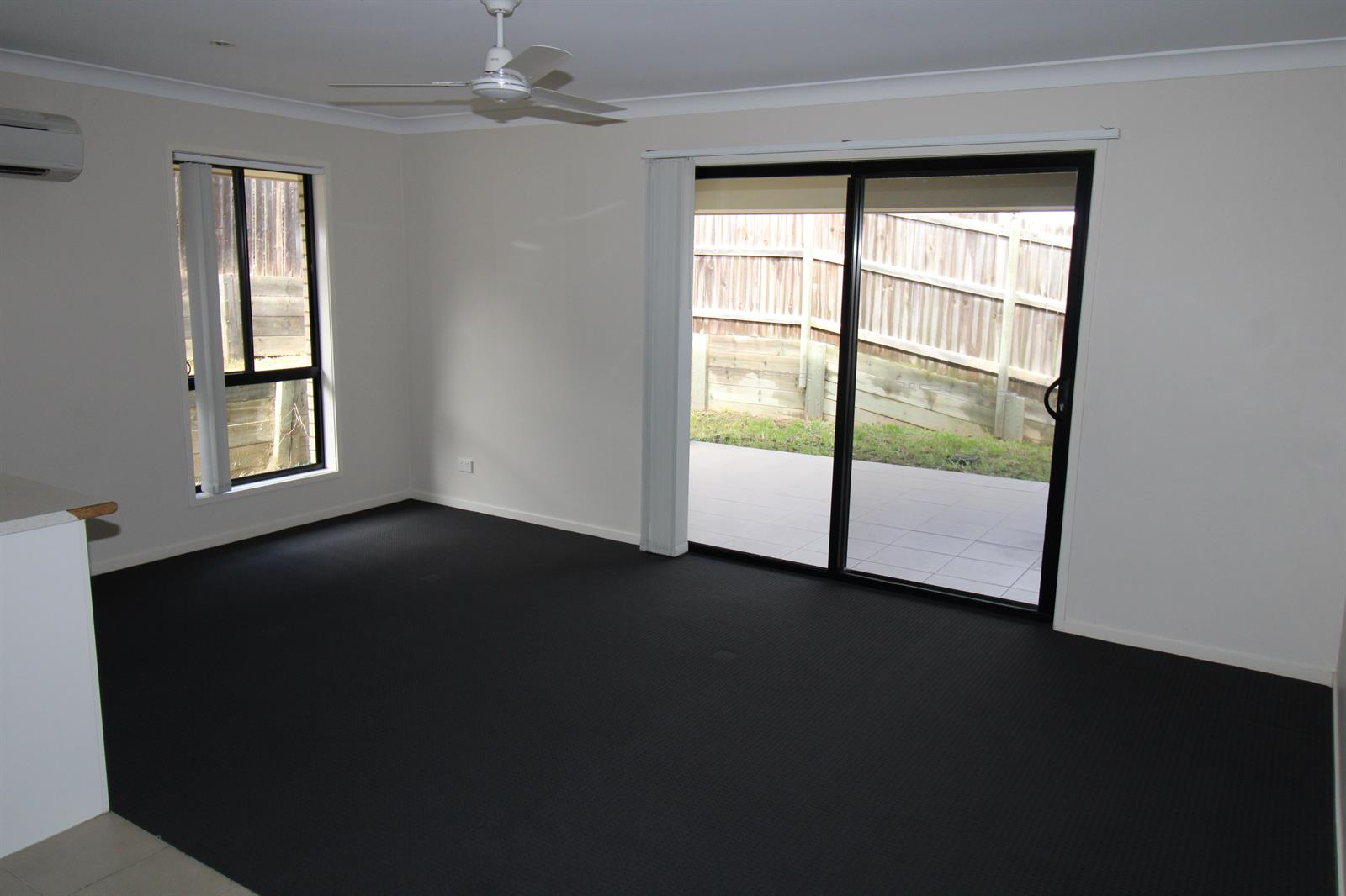 17 Perrys Crescent ROSEWOOD QLD 4340 Image 4